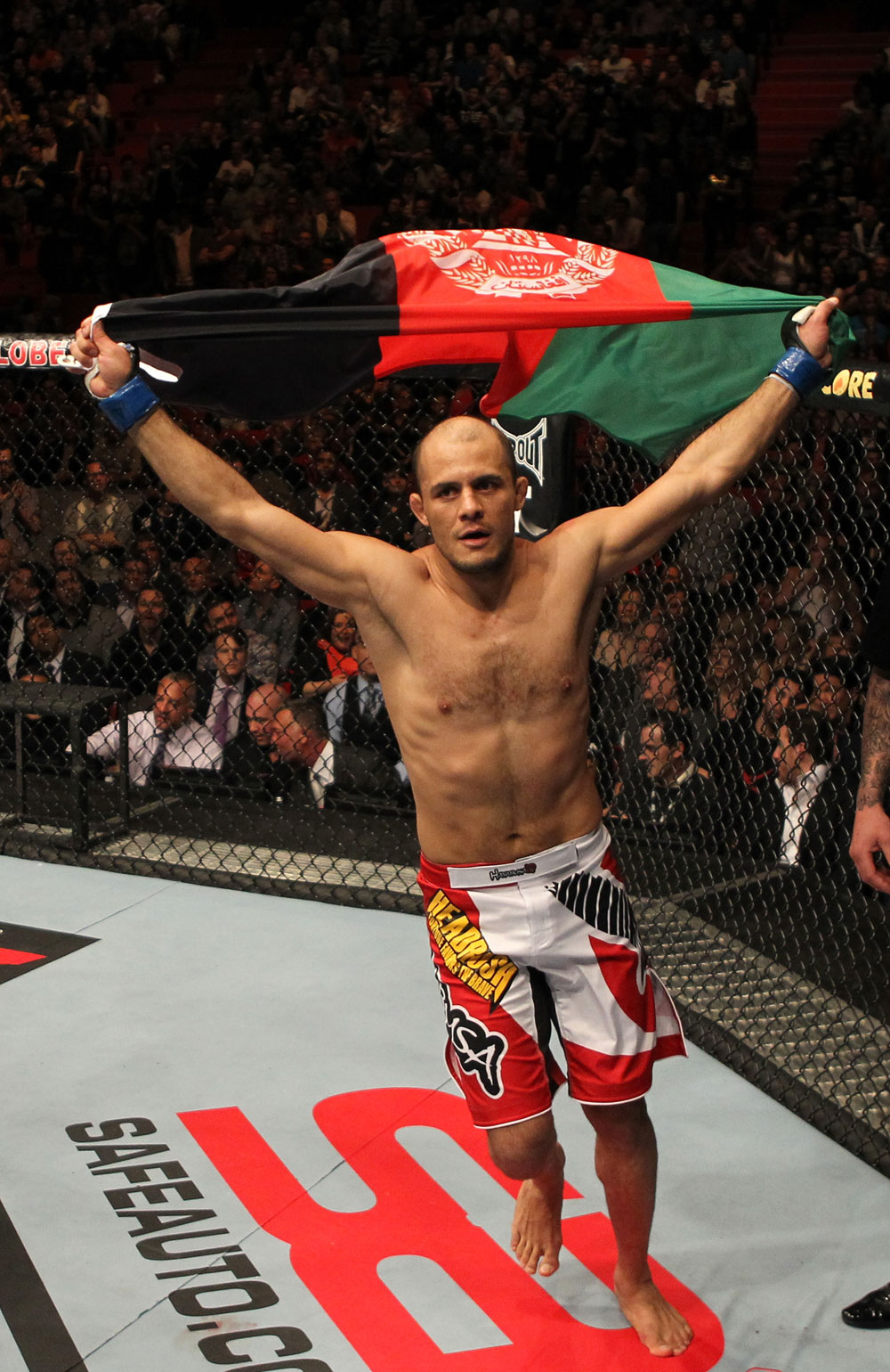 UFC On Fuel TV: Thiago v Bahadurzada
