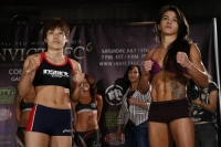 008_Ayaka_Hamasaki_vs_Claudia_Gadelha.jpg